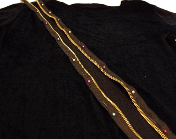 Как украсить вечернее черное платье