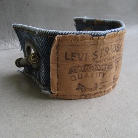 Бижутерия из джинсы / украшения своими руками из джинсы / браслет из джинсовой ткани