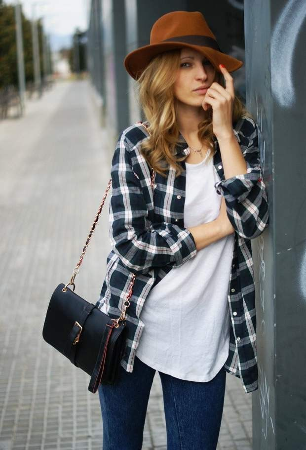 sfera-marron-oscuro-topshop-gorras-boinas~look-main-single