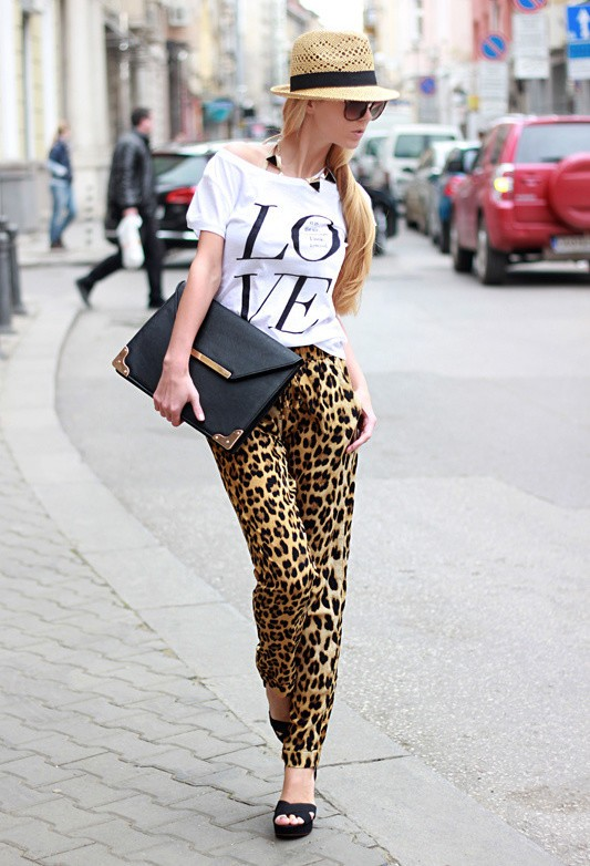 sheinside-animal-print-stradivarius-black~look-main-single