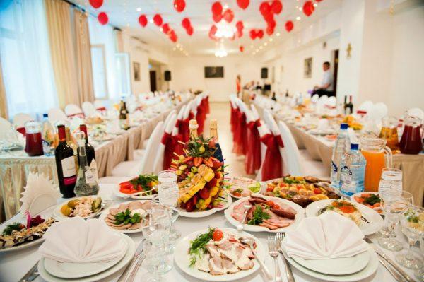 restoran na svadbu tseny1