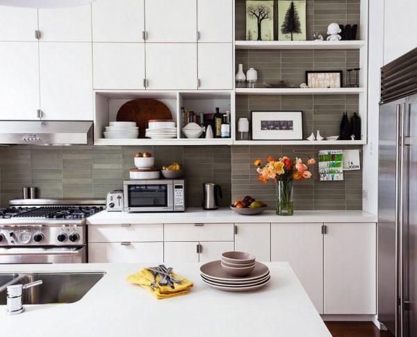 Как правильно спланировать кухонный гарнитур с открытыми полками?