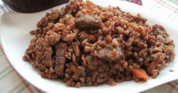 мясо с крупами
