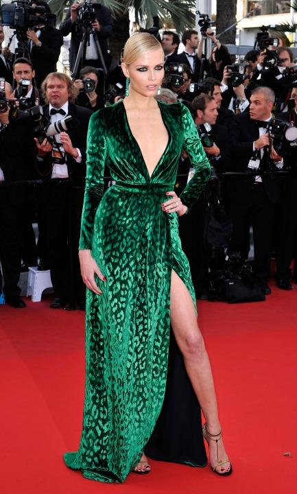 15 лучших платьев года Наташа Поли в Gucci