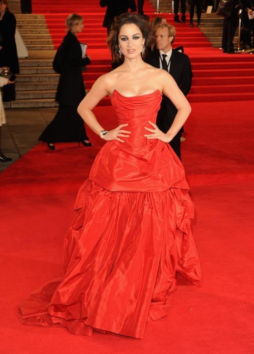 15 лучших платьев года Беренис Марло в Vivienne Westwood.