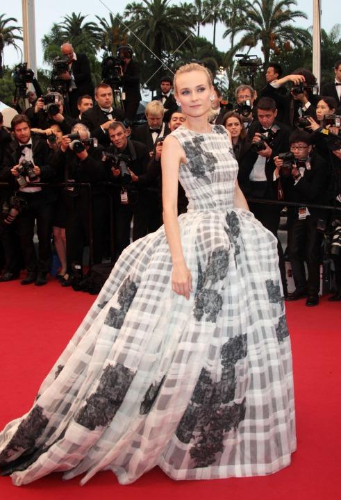 15 лучших платьев года Диана Крюгер в Christian Dior.