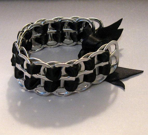 мастер класс как сделать браслет из крышек алюминиевой банки