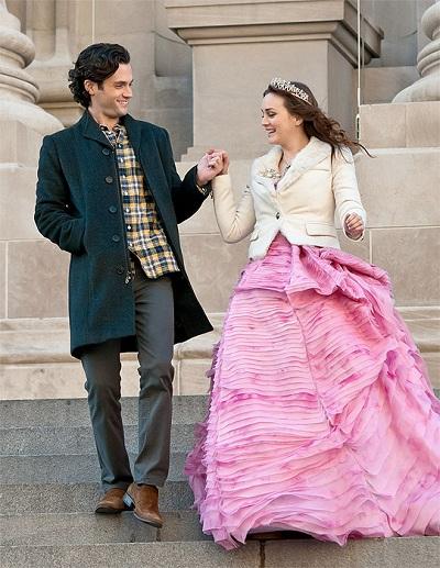 Стиль Блэр Уолдорф вечернее розовое платье Oscar de la Renta