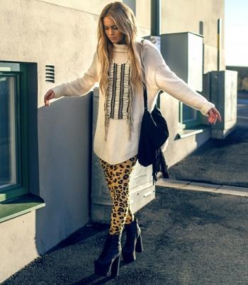 С чем носить леопардовый леггинсы блоггеры