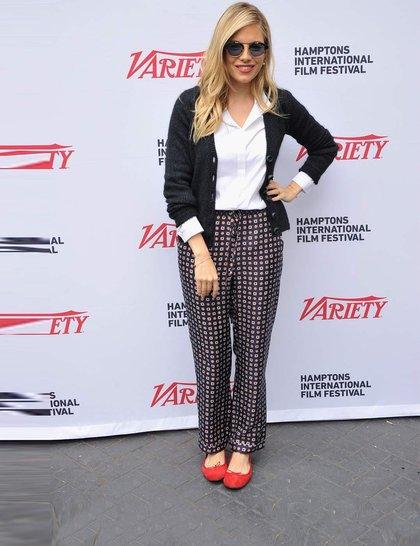 sienna-miller-celebrity-fashion-trend-flats-getty_GA
