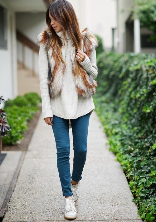 Как правильно носить меховую жилетку