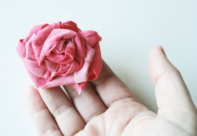 Роза из ткани МК / роза из ткани своими руками МК