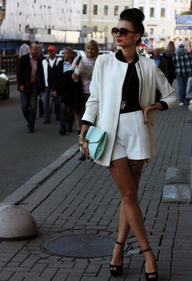 Белый цвет в одежде - фото
