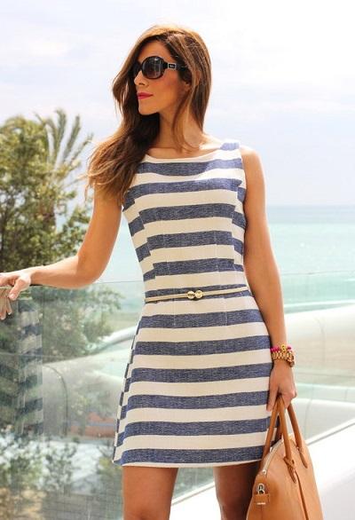 С чем носить полосатое платье фото