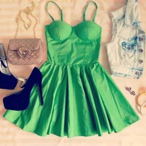 Зеленые платья и юбки фото