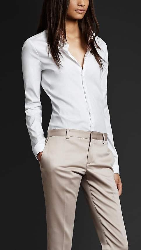 Офисный образ бежевые брюки фото