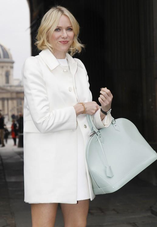 Знаменитости с сумками Louis Vuitton Фото