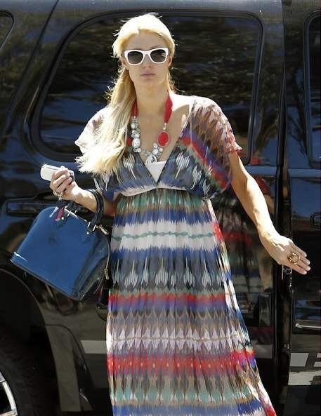 Знаменитости с сумками Louis Vuitton Alma Пэрис Хилтон