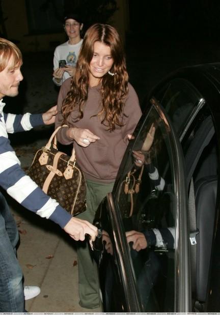 Звезды с сумками Louis Vuitton Джессика Симпсон