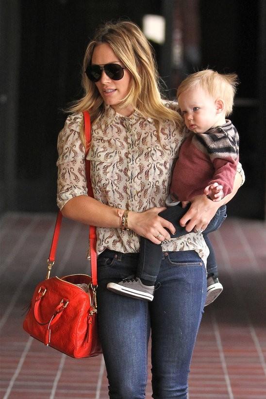 Хилари Дафф с сумкой Луи Вьюттон Louis Vuitton фото