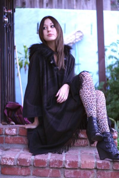 С чем носить леопардовые колготки фото