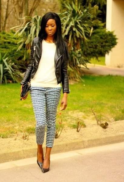 Фото с чем носить брюки с геометрическим принтом