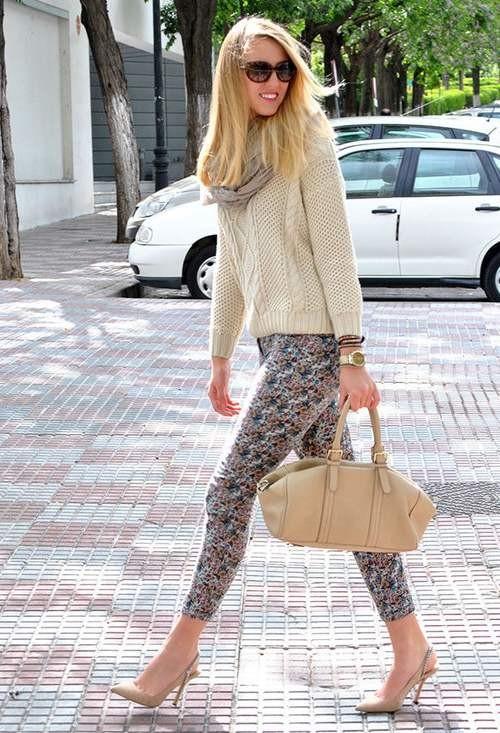 модные блоггеры носят джинсы с принтом