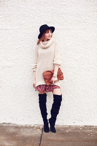 zara-boots-h-m-sweater_400