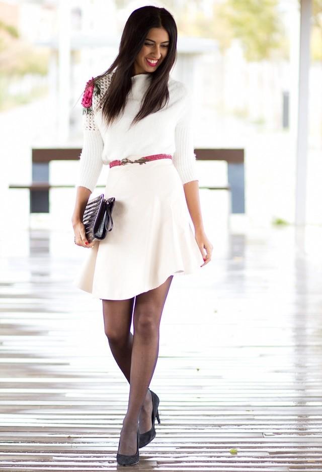 фото с чем можно носить светлое платье