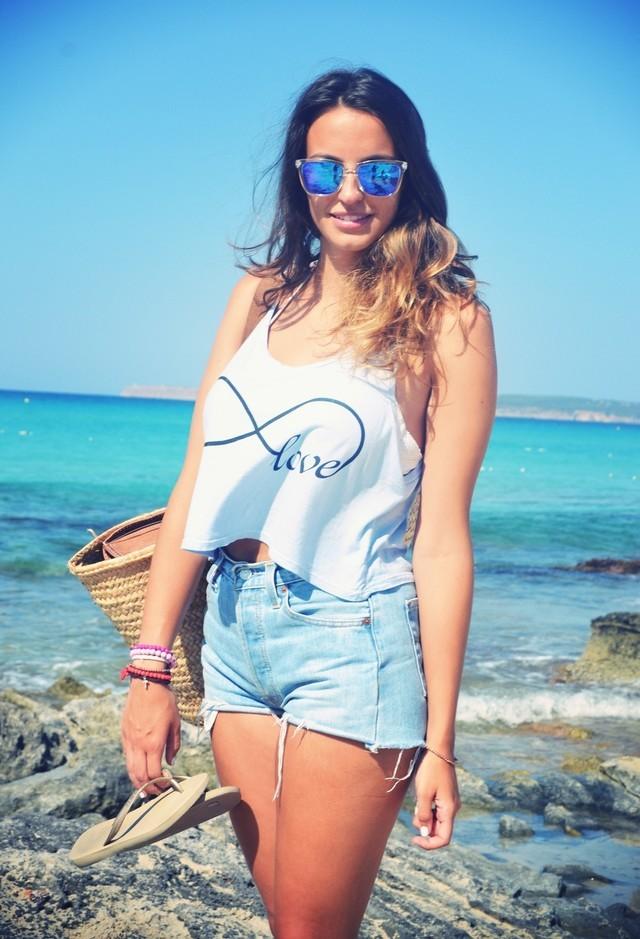 levis-fashion-brands-turquesa-havaianas-camisetas~look-main-single