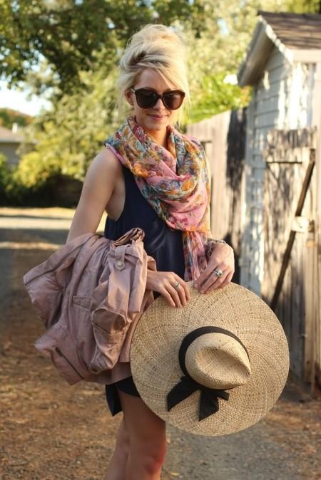 летний образ с шляпкой и шарфиком