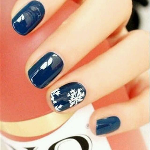 снежинки на безимянном пальчике