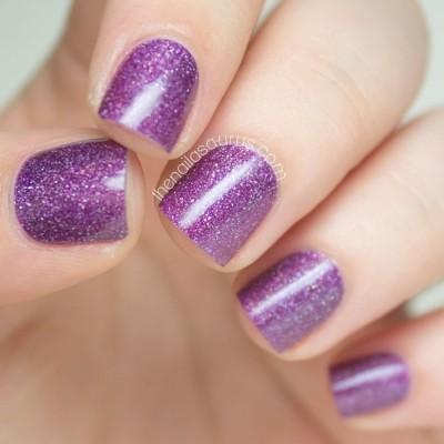 фиолетовые ногти с блестками