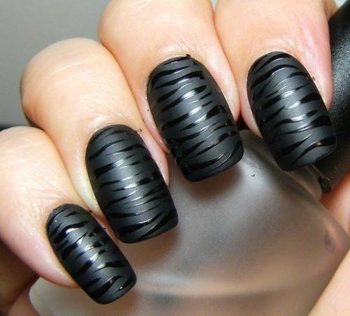 черные матово глянцевые ногти